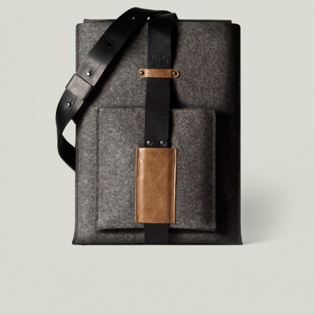 Hard Graft MacBook Shoulder Sleeve Hard Graft MacBook Shoulder Sleeve
