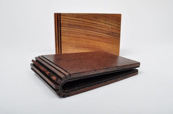 Maison Martin Margiela 11 Spring Summer 2011 Wood Wallets 01 Maison Martin Margiela 11 Spring / Summer 2011 Wood Wallets