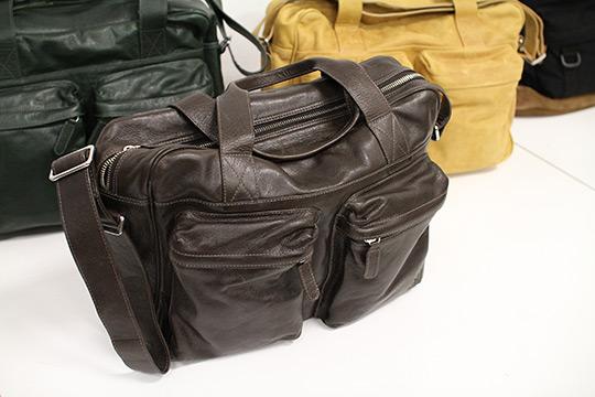 Veja Fall   Winter 2011 Acacia Leather Bags01 Veja Fall / Winter 2011 Acacia Leather Bags