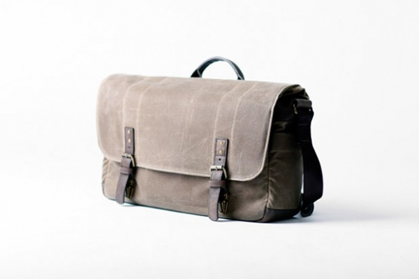 ONA Union Street Camera Laptop Messenger Bag ONA Union Street Camera & Laptop Messenger Bag