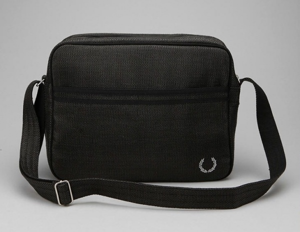Fred Perry Straw Shoulder Bag Fred Perry Straw Messenger Bag