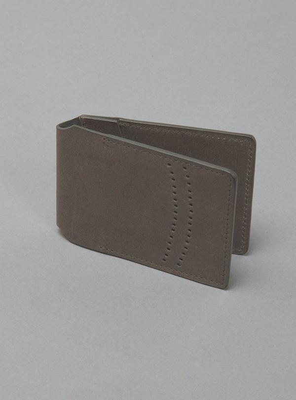 R6 Oyster Card Holder 1 R6 Oyster Card Holder