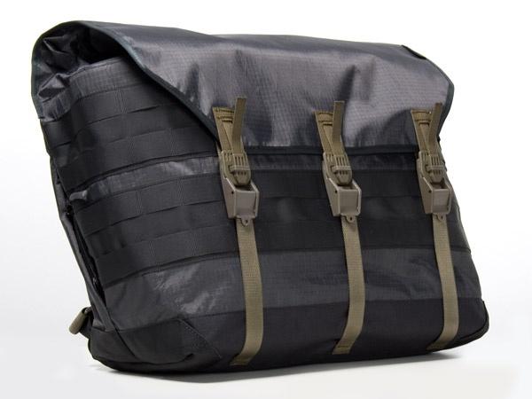 Acronym 3A 5TSb Acronym 3A 5TS Messenger Bag