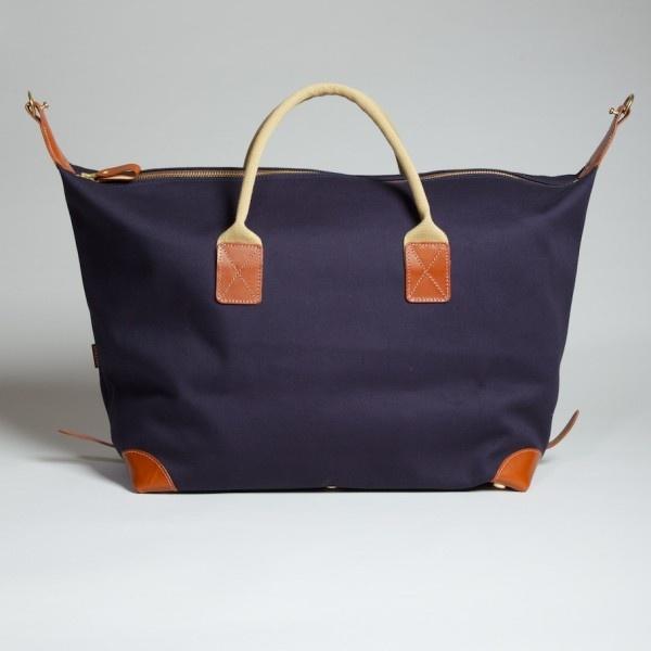 20111130 4076 1 John Chapman Medium Holdall Bags