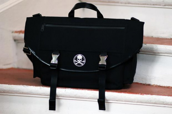 mastermind japan porter 2012 springsummer messenger bag 1 mastermind JAPAN x Porter Spring/Summer 2012 Messenger Bag