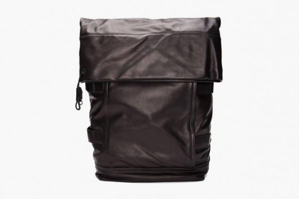 3 1 phillip lim 2012 spring summer black knapsack 1 620x413 3.1 Phillip Lim Spring/Summer 2012 Black Knapsack