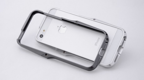 Ag++ Metal Bump for iPhone 5 by Andrea Ponti Design 05 630x352 Ag++ Metal Bump for iPhone 5 by Andrea Ponti Design