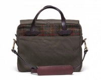 harris tweed filson bags 07 630x463 200x160 Filson x Harris Tweed Bag Collection