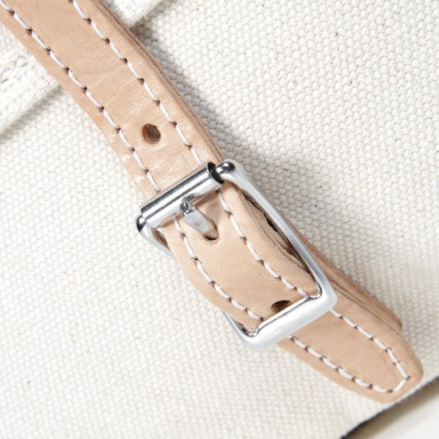 yuketen mailbag 4 630x630 Yuketen Natural Canvas Mailman Bag