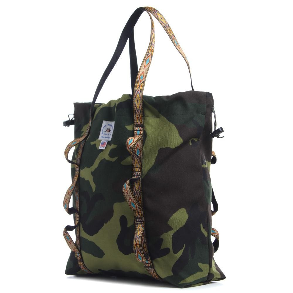 26 03 2013 epperson camotote d1 Epperson Mountaineering Climb Tote In Woodland Camo