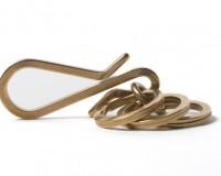 ironheart-brass-hook-keychain03-630x439