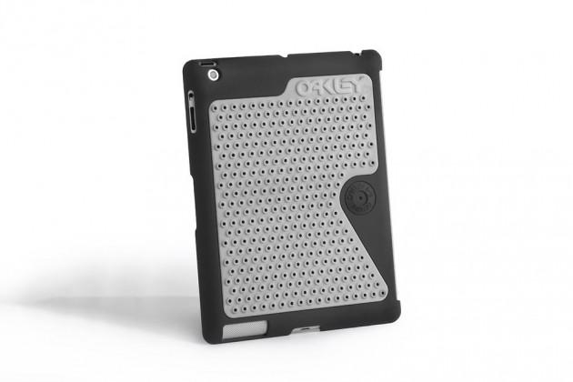 oakley b1b case for iphone 5 and ipad 04 630x420 Oakley B1B Case for Apple iPhone and iPad