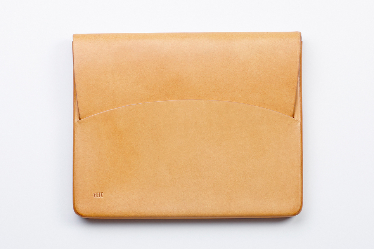 feit hand moulded leather ipad case 1 Feit Hand Molded Leather Case for iPad