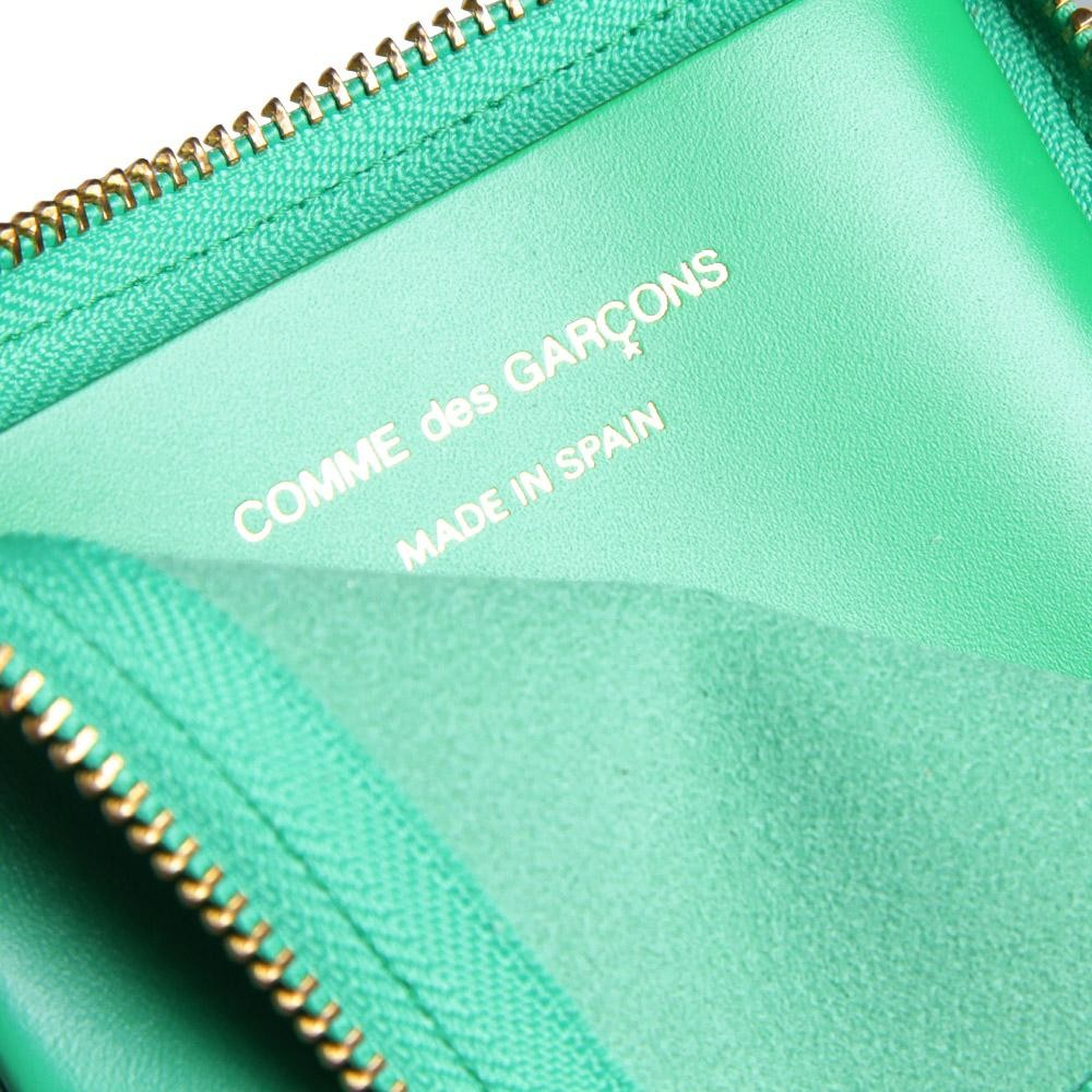 14 03 2013 cdg sa3100classicwallet green2 Comme des Garcons Classic Wallet