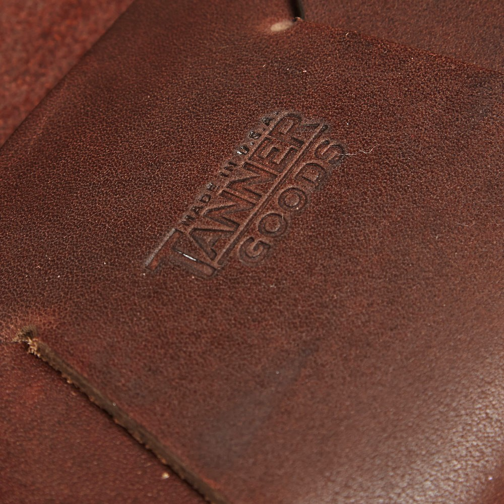 28 11 2013 tanner goodssunglasscase darkoak d4 Tanner Goods Handmade Leather Sunglasses Case