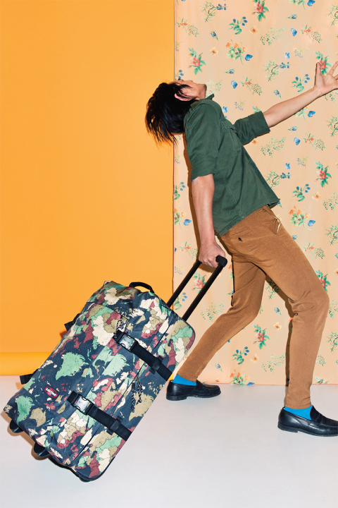 eastpak 2014 springsummer lookbook 12 Eastpak Spring/Summer 2014 Accessory Lookbook