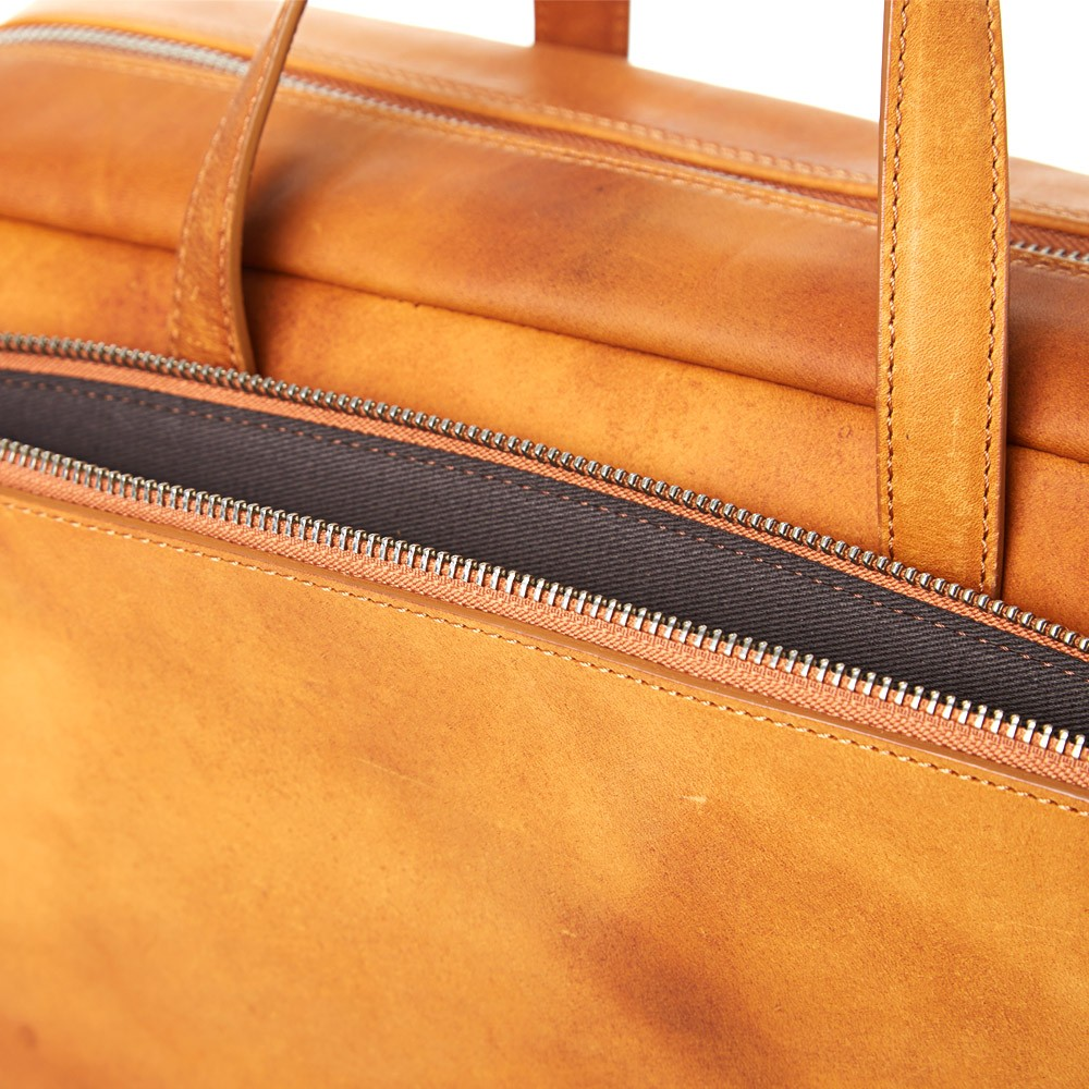 11 06 2014 mmm 11burnishedleatherdoctorsbag tan 8 Maison Martin Margiela Burnished Leather Doctors Bag